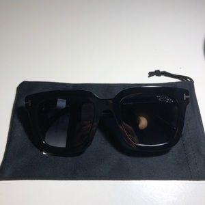 Tom Ford Sari Polarized Sunglasses